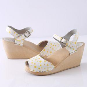 Maguba White Yellow Polka Dot Wooden Clog Sandals